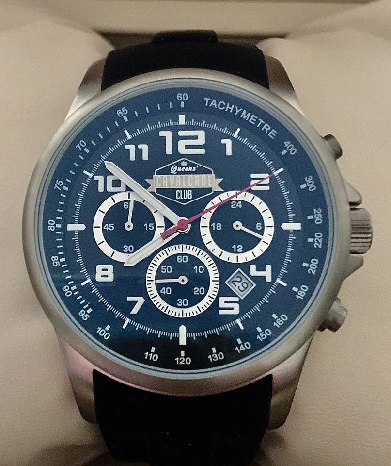 MMT500 - cronometro con cassa in titanio diametro 40mm, impermeabile fino a 10 atmosfere, vetro antiriflesso, cinturino antiscivolo in caucciù, tachimetro.